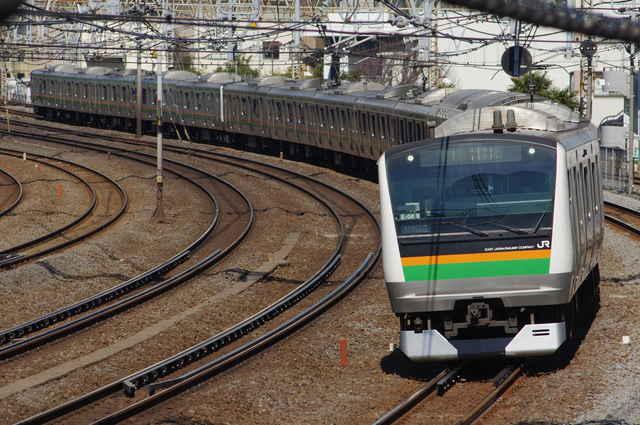 E233系3000番台E-04編成
