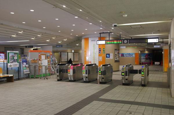 多摩センター駅の改札前の様子