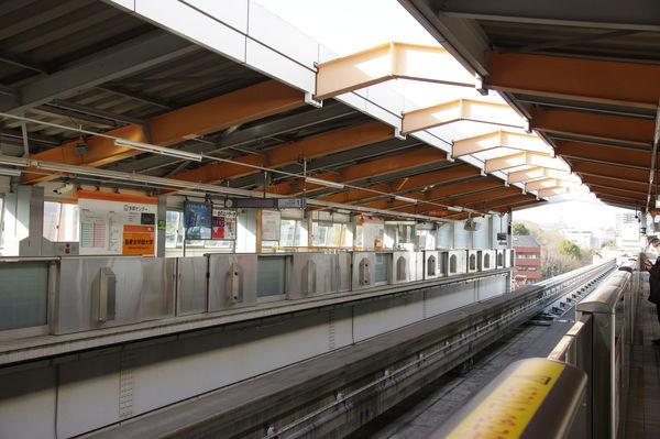 多摩センター駅のホーム