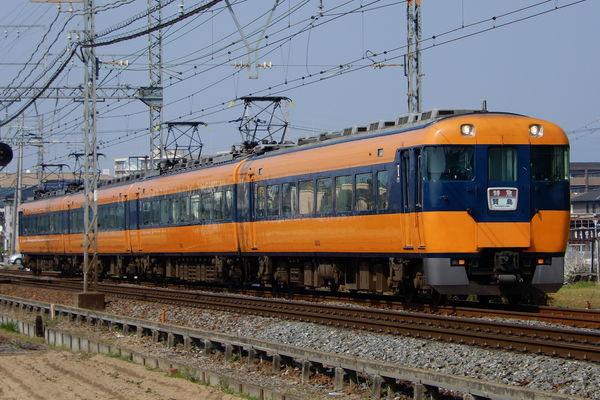 近鉄12200系のウソ電(あをによし顔・貫通扉付き)