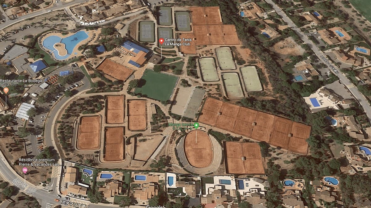 フェドカップ試合会場のハードロックスタジアム(画像)
