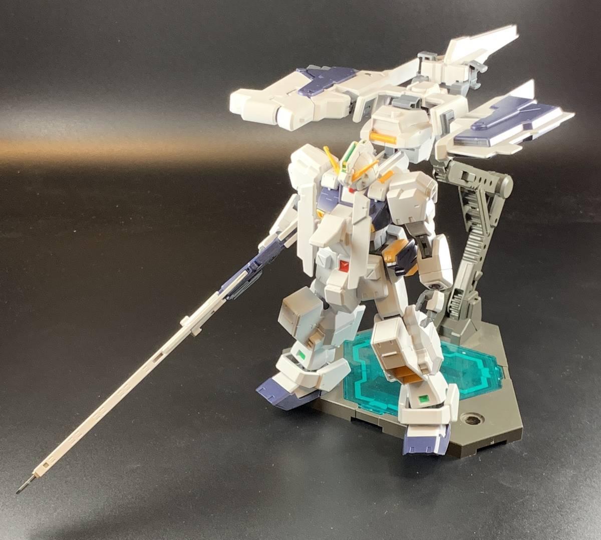 HG ガンダムTR-1[ヘイズル・ラー] フロントビュー