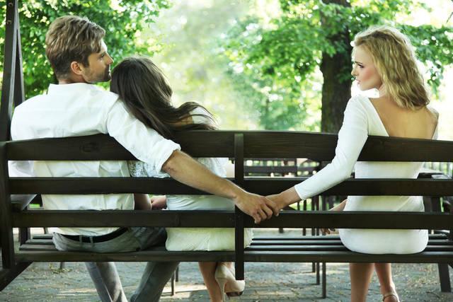 浮気されやすい妻の特徴7つ