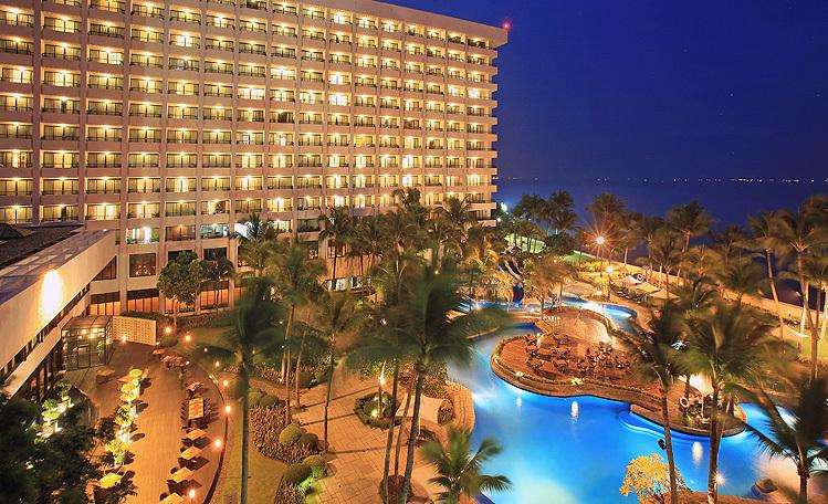 マニラの空港に近い5スターホテルはどこがいい?ハイアット、シャングリラ、ペニンシュラ