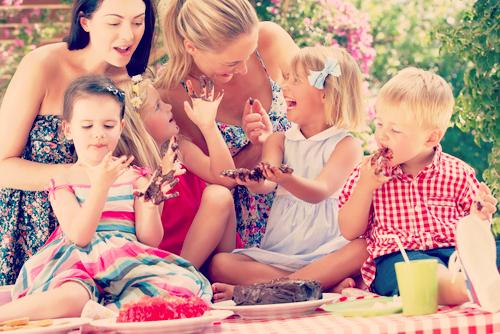 ママ友 比べてしまう 嫉妬 性格悪い キラキラママ 付き合う 方法