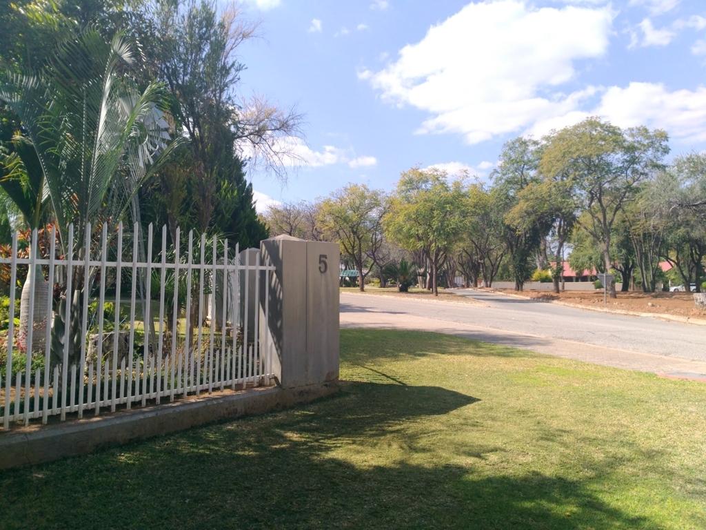 f:id:h283-namibia:20171130052505j:plain