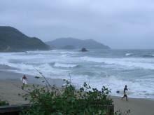 糸島のサーファー
