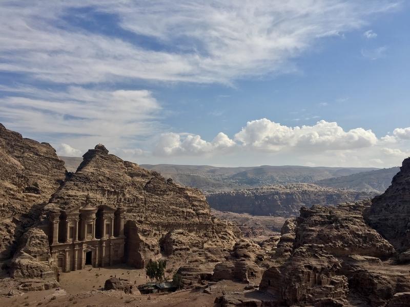 Ad Deir at Petra エド・ディル