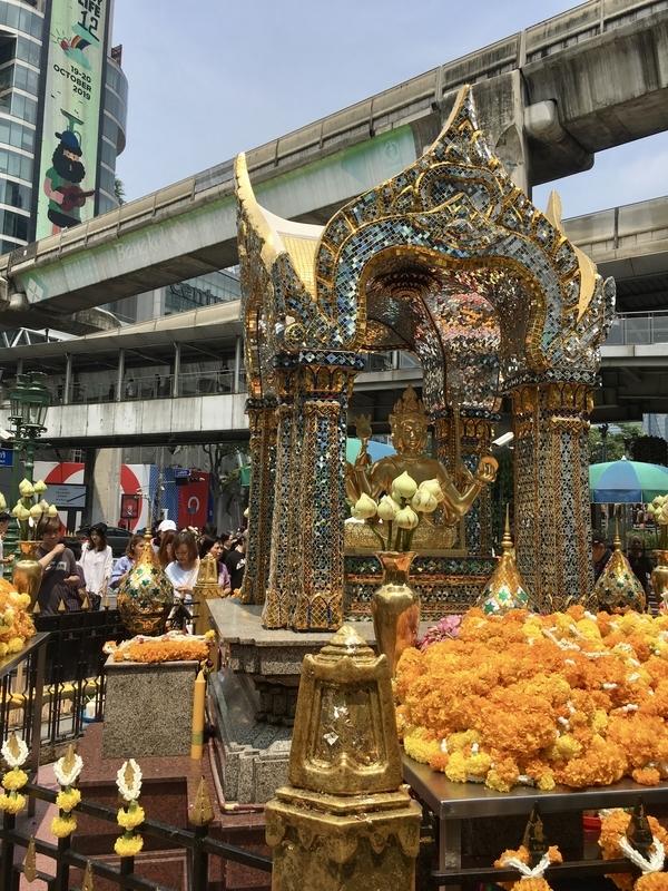 Phra Phrom エラワン廟