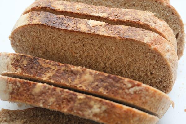ライ麦ブレンドパン