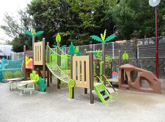 荏田南幼稚園 園庭