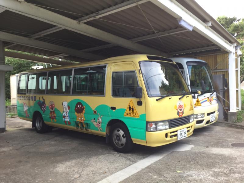 すぎの森幼稚園のバス