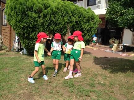 やまた幼稚園の園児の外遊び