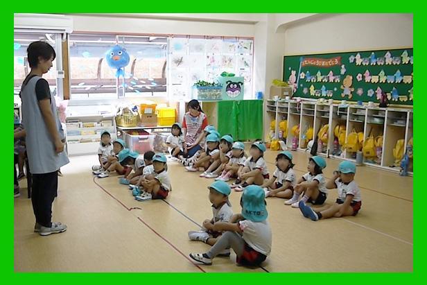 ナザレ幼稚園 教室 風景