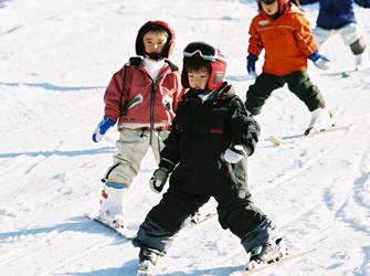 横浜バディスポーツ幼児園スキーキャンプ