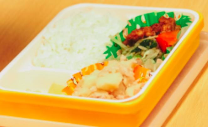 ローラスインターナショナルスクール武蔵小杉校の給食