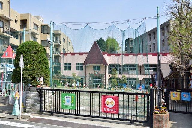 チロル幼稚園