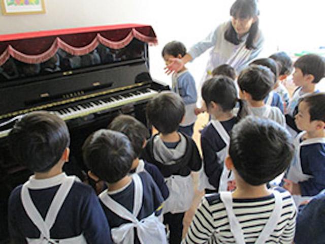洗足学園大学附属幼稚園 ピアノ
