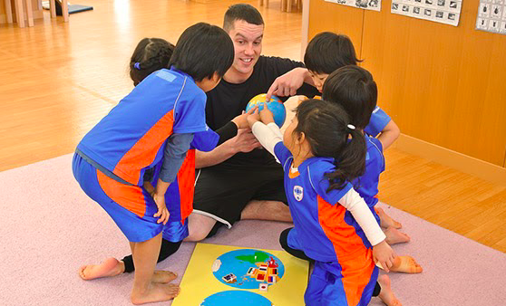 スポーツ幼児園中川園 子どもと先生