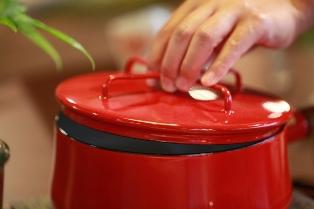 節約をきっかけに、初めて作った鍋で炊くご飯