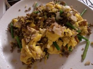 今日の料理は節約卵料理
