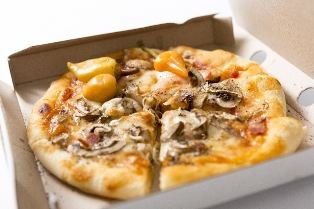 デリバリーピザでポイントが貯まる