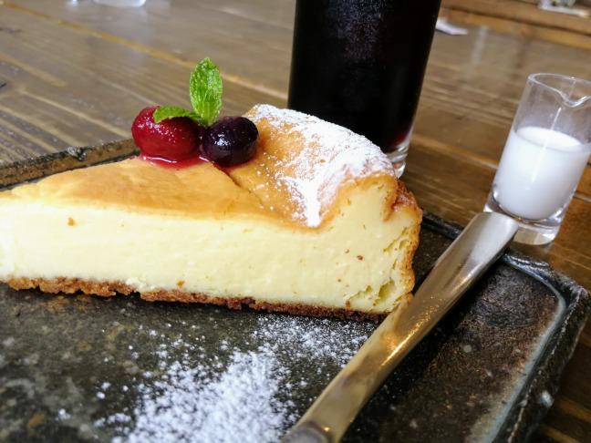 長谷のvuoriのベイクドチーズケーキ