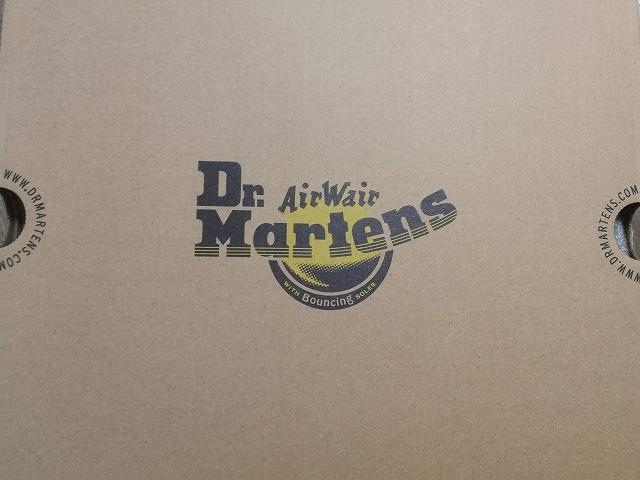 Dr.Martensの『2976 YS チェルシーブーツ』を徹底レビューするイメージ写真