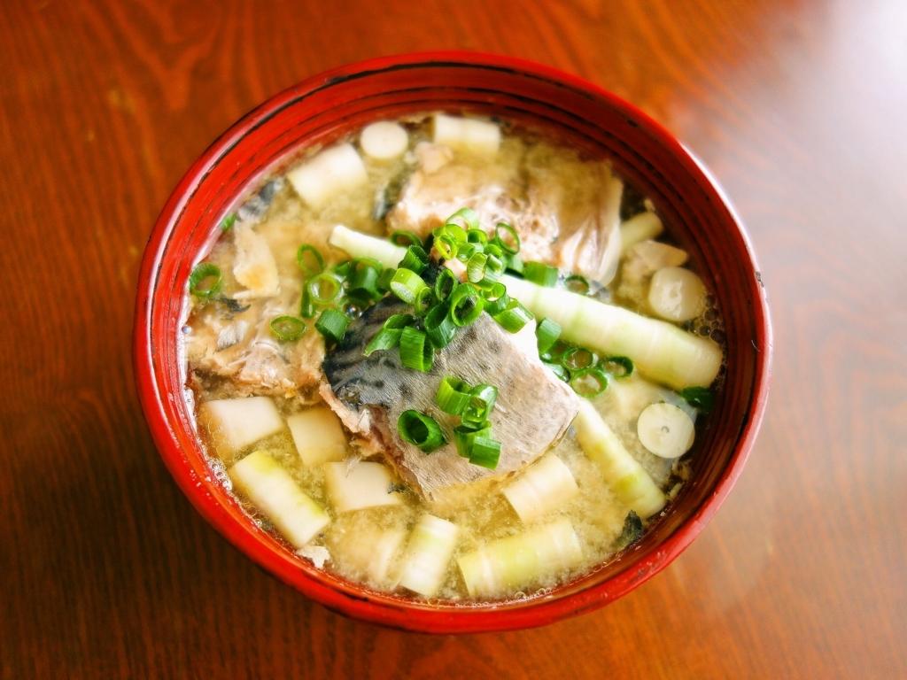 長野県民の好物「サバ水煮缶の味噌汁」は全国に広めたいうまさ