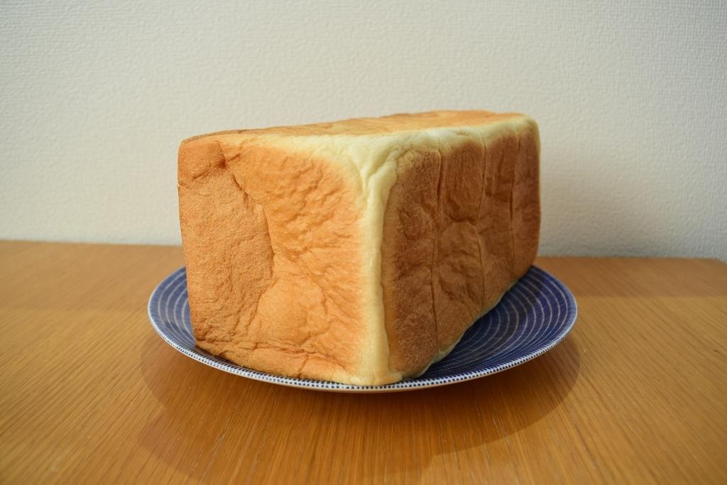 乃が美食パン1本