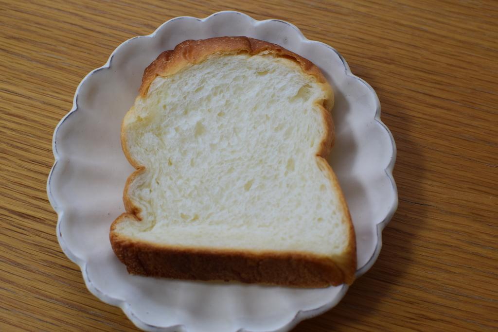BAKERY M'sの食パン