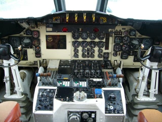 P-3コックピット