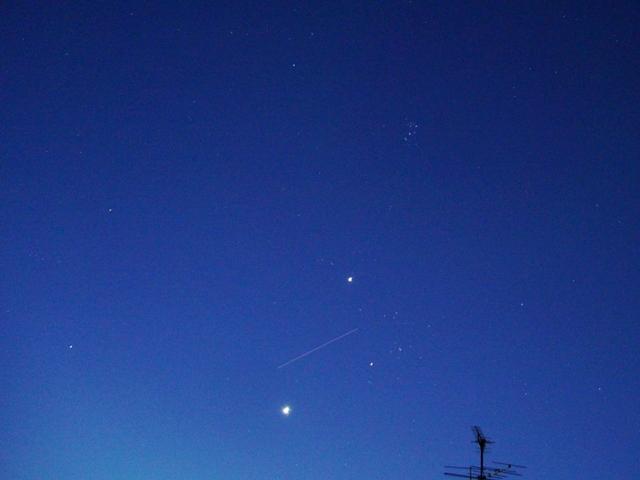 夜明けのISSと金星・木星