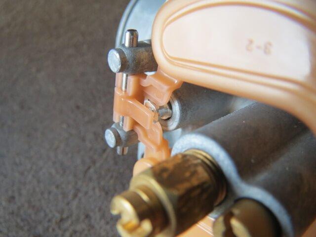 cabreter_float-valve_02