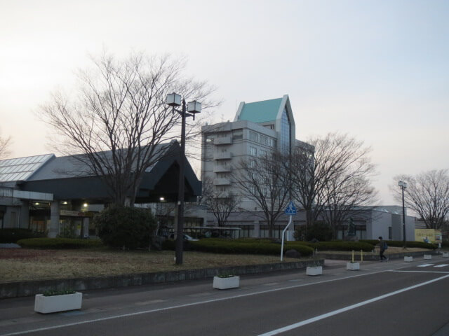 japan_akita_ogatamura_sakura_touring