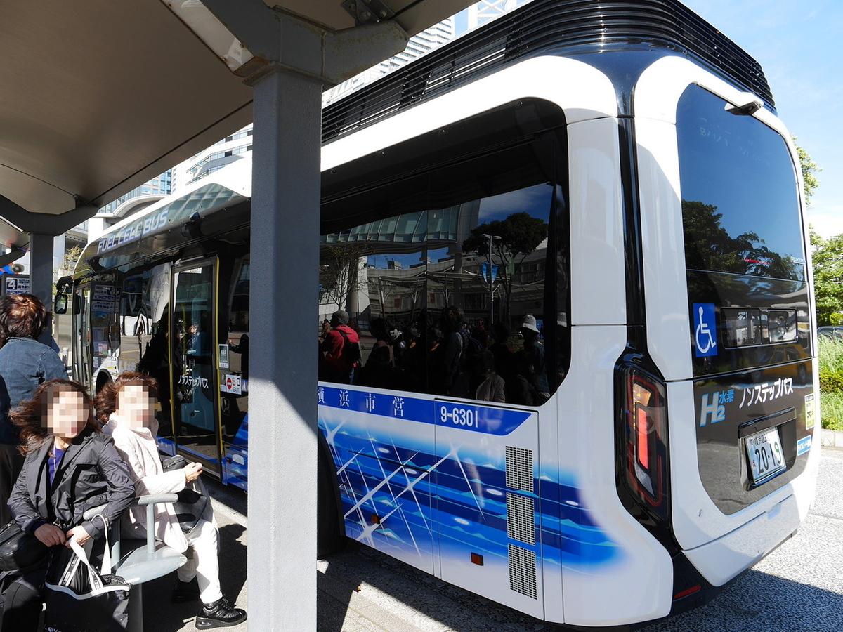 横浜市営バス ピアライン 燃料電池バス