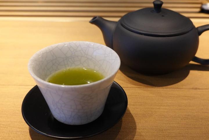 深蒸し茶(550円税込)