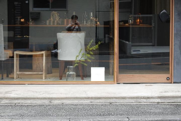 POE COFFEE(ポー コーヒー)入口