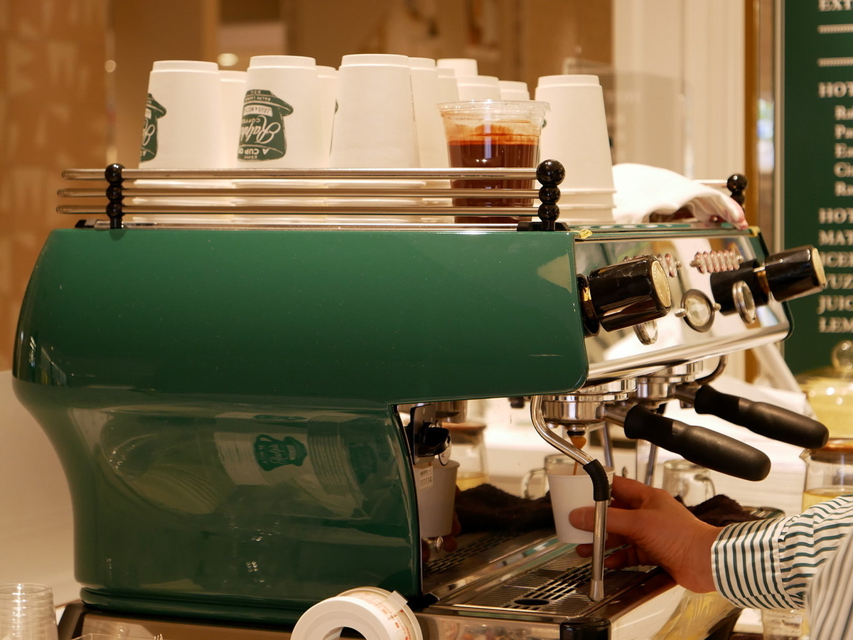 ラルフズコーヒー エスプレッソマシン