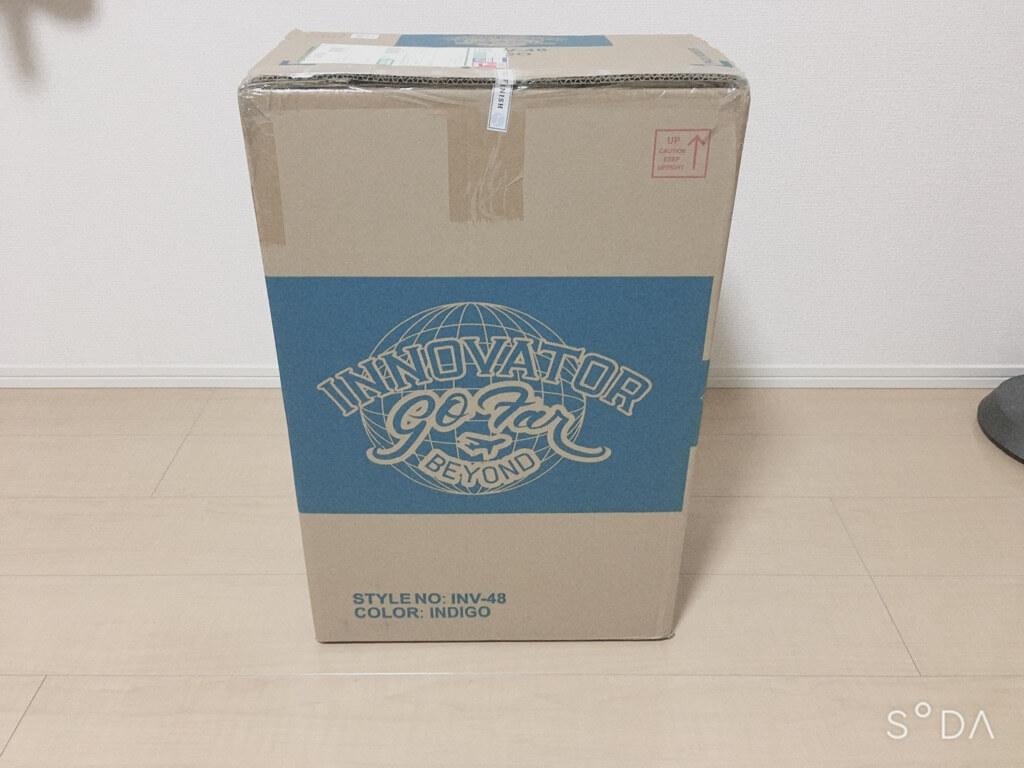 ネットで注文したイノベーターのスーツケース