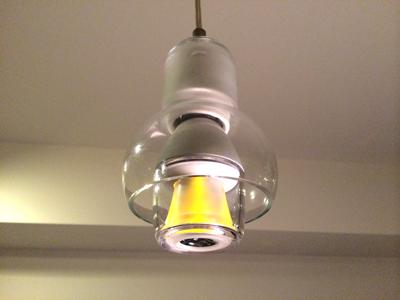 ソニー LED電球スピーカー をペンダントライトに設置2