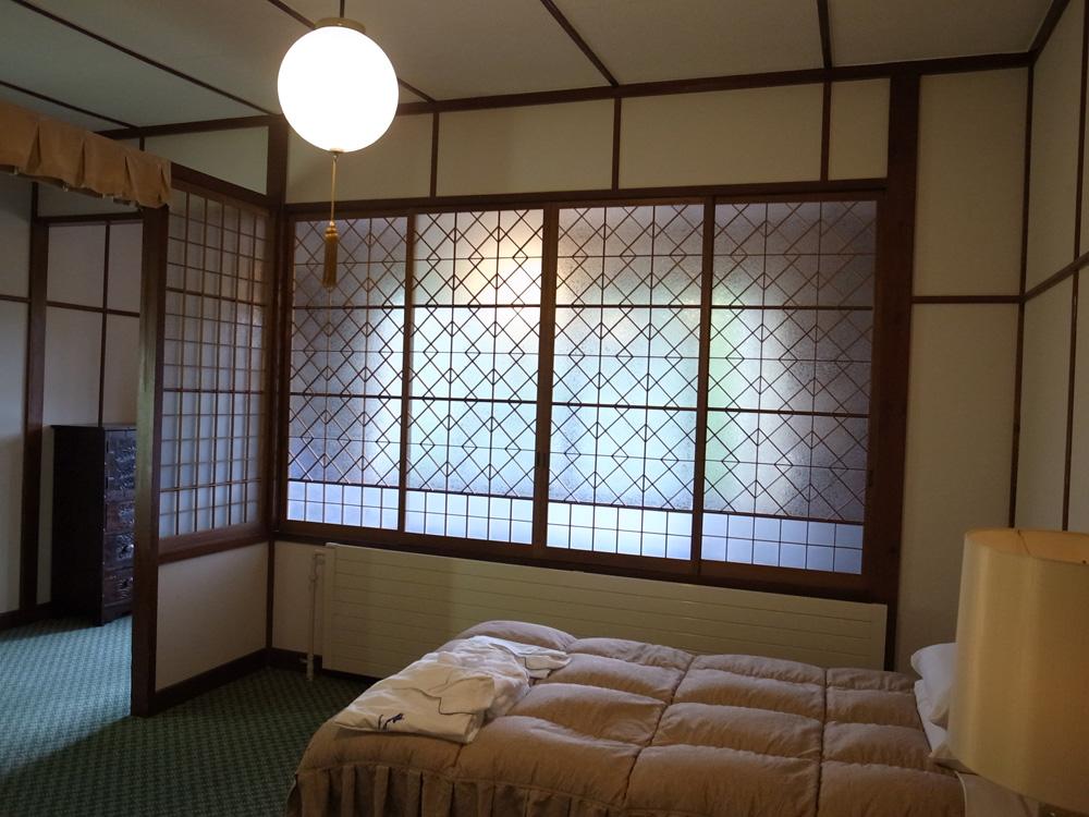 万平ホテルのベッドルーム