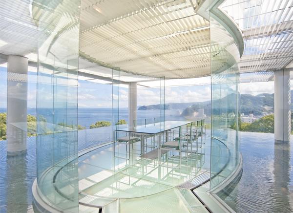 水/ガラス(ATAMI 海峯楼)