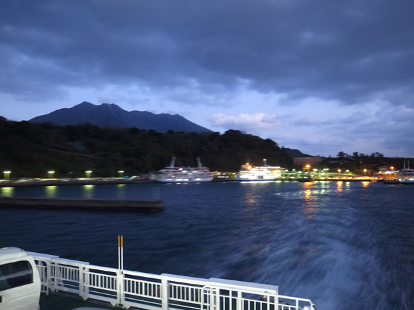 桜島フェリーの夜景