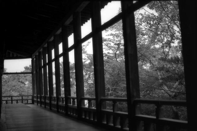 千畳閣の外廊
