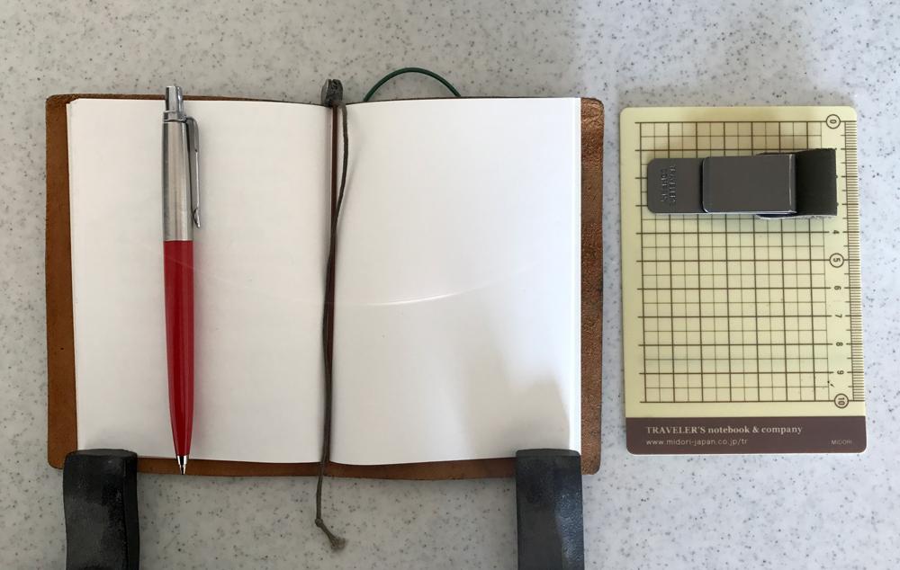 パスポートサイズのトラベラーズノート3
