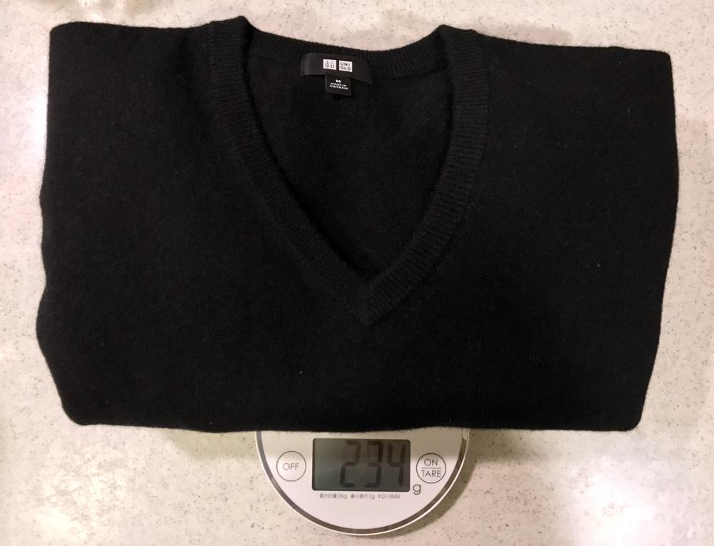 カシミアセーターの重量