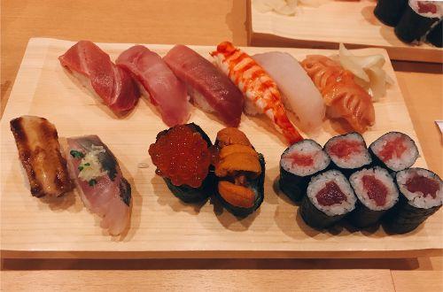 豊洲市場にある磯寿司の特上寿司