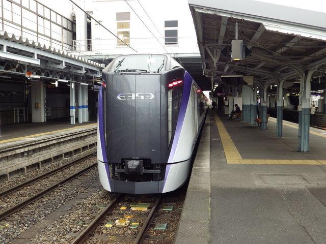 松本にて特急あずさ24号