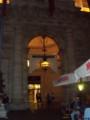 ローマのマクド、建物が妙に格調高い。